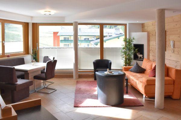Wohnzimmer im Apartment Cumulus